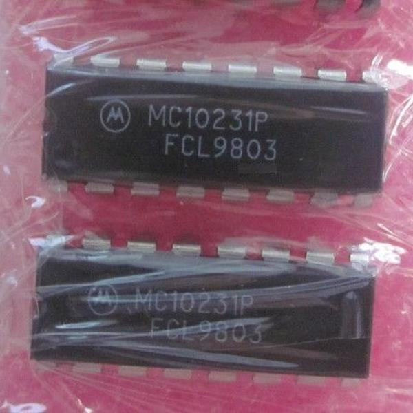 MC10231P : микросхема логики - High Speed Dual Type D Master-Slave Flip-Flop